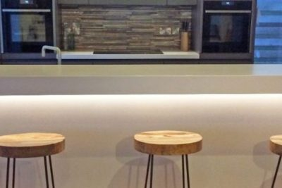 Corian worktop and breakfast bar