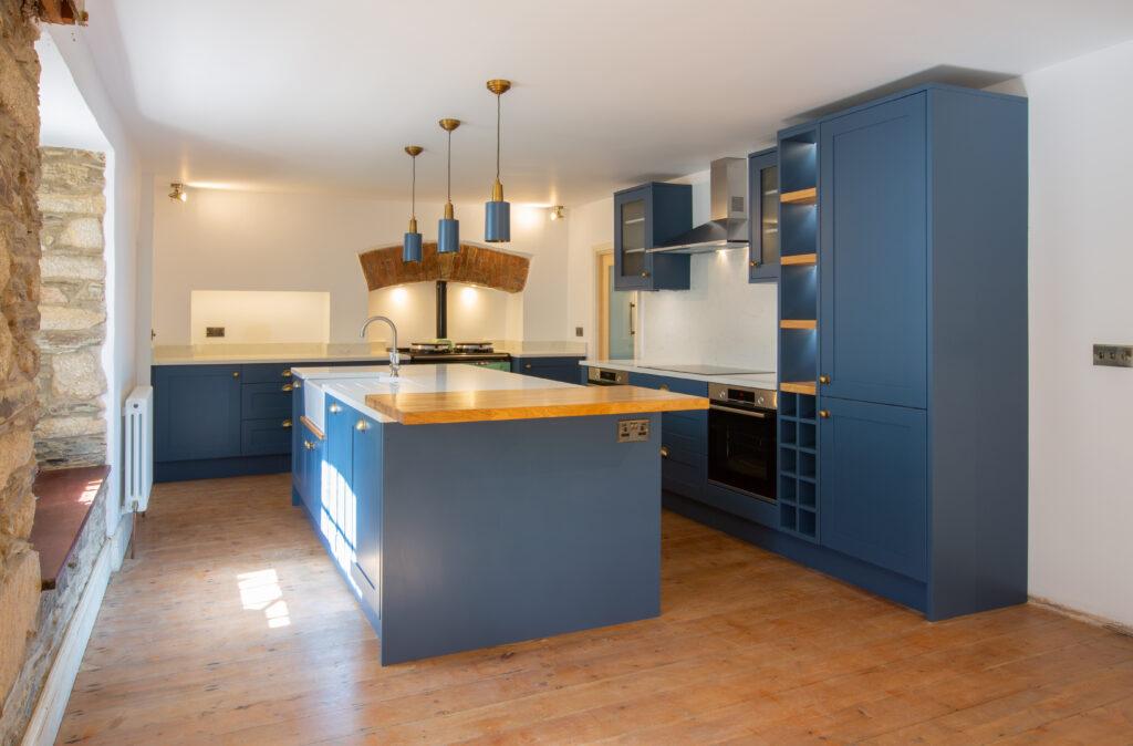 kitchen finishing touches